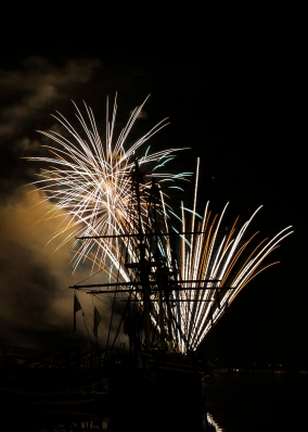 AMANDA SABGA/ Staff photo Fireworks explode over Derby Harbor as Salem celebrated Independence Day at the Maritime National Historic Site. 7/4/15